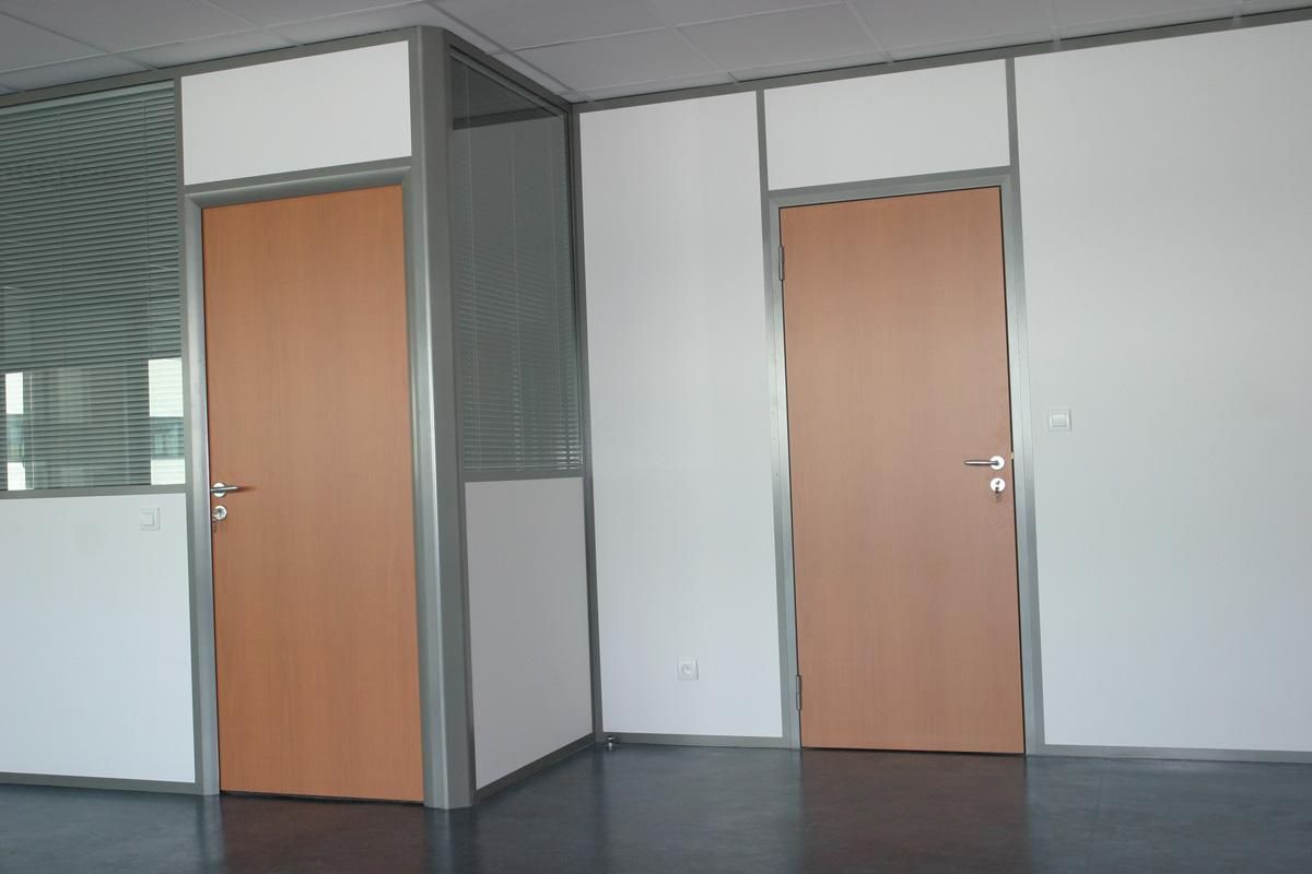 Cloison amovible avec couvre joint - Cloison amovible avec porte ...